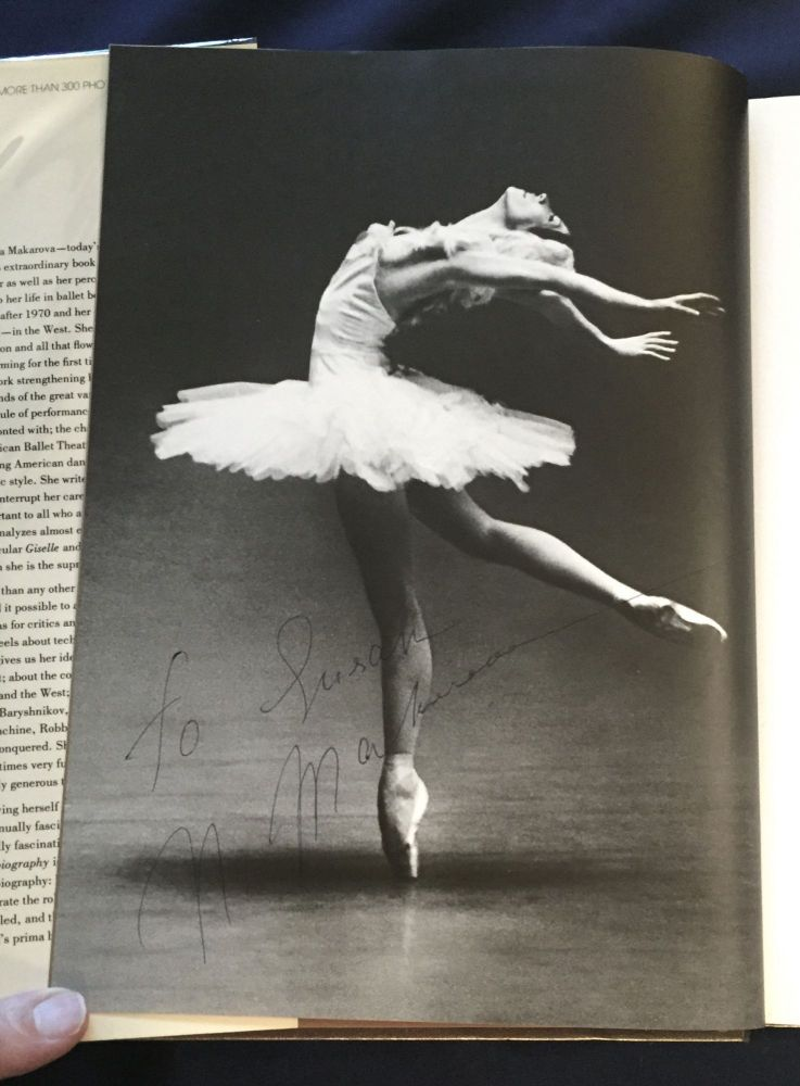 A DANCE AUTOBIOGRAPHY; By Natalia Makarova / Introduced and edited by Gennady Smakov / Photographs by Dina Makarova and Others. Natalia Makarova.