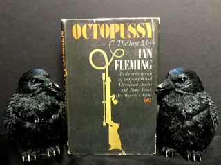 OCTOPUSSY; [Contents: Octopussy & The Living Daylights]. Ian Fleming