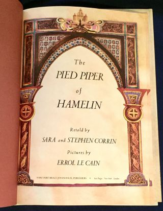 THE PIED PIPER OF HAMELIN; Retold by Sara and Stephen Corrin / Picture by Errol Le Cain