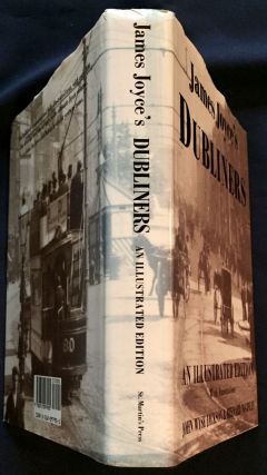 JAMES JOYCE'S DUBLINERS; An Illustrated Edition / With Annotations