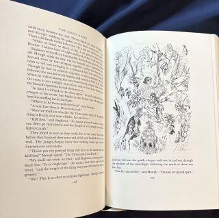 THE JUNGLE BOOKS; By Rudyard Kipling / Illustratrated by David Gentleman / Collectors Edition Bound in Genuine Leather